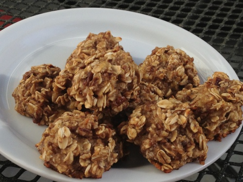 Banana Oatmeal Glazed Pecan Cookies